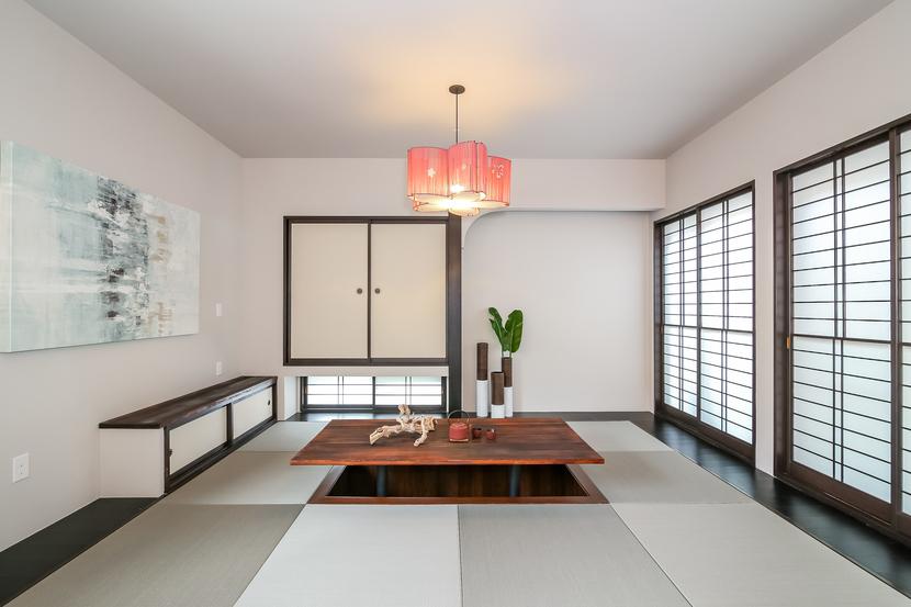 Den-Tatami tea room